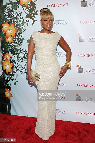Mary J Blige attends the 2011 FiFi Awards at The Tent at Lincoln Center on May 25 2011 in New York City