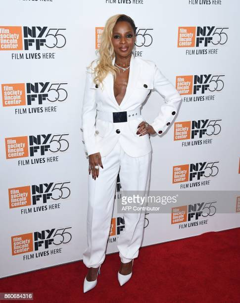 Mary J Blige attends the 'Mudbound' screening during the 55th New York Film Festival at Alice Tully Hall on October 12 2017 in New York City / AFP...