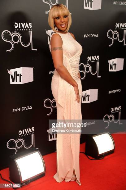 Mary J Blige attends VH1 Divas Celebrates Soul at Hammerstein Ballroom on December 18 2011 in New York City