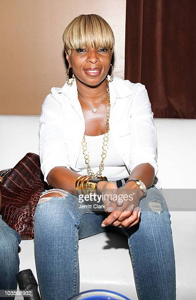 Mary J Blige attends YRB's 2010 art issue celebration at Lucky Strike on August 23 2010 in New York City