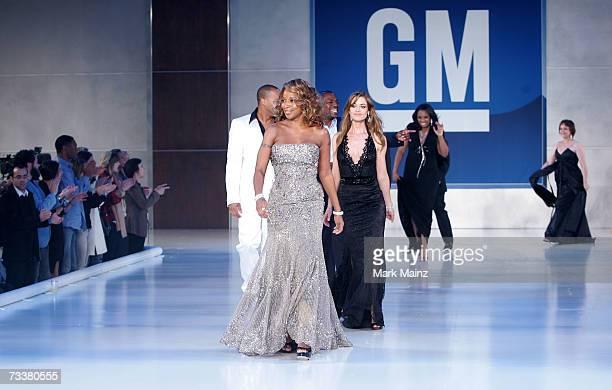 Mary J Blige Donald Faison Denise Richards Mekhi Phifer Jennifer Hudson and Adriana Barraza walk the finale at the 6th Annual General Motors TEN...