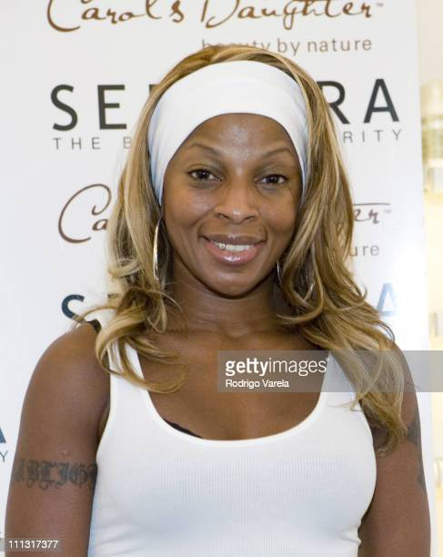 Mary J Blige during Mary J Blige Signs Autographs for Carol's Daughter Products at Sephora Store in Miami Florida
