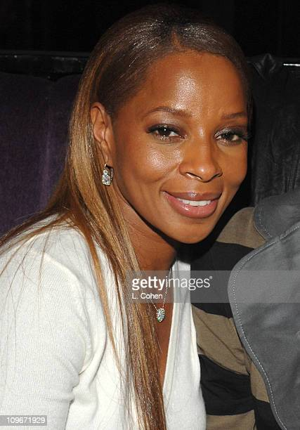 Mary J Blige during The BlackEyed Peas Presents the 3rd Annual Peapod Foundation Benefit Concert Honoring Jimmy Iovine Inside at Avalon in Hollywood...