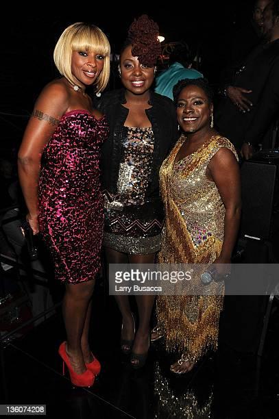 Mary J Blige Ledisi and Sharon Jones backstage during VH1 Divas Celebrates Soul at Hammerstein Ballroom on December 18 2011 in New York City