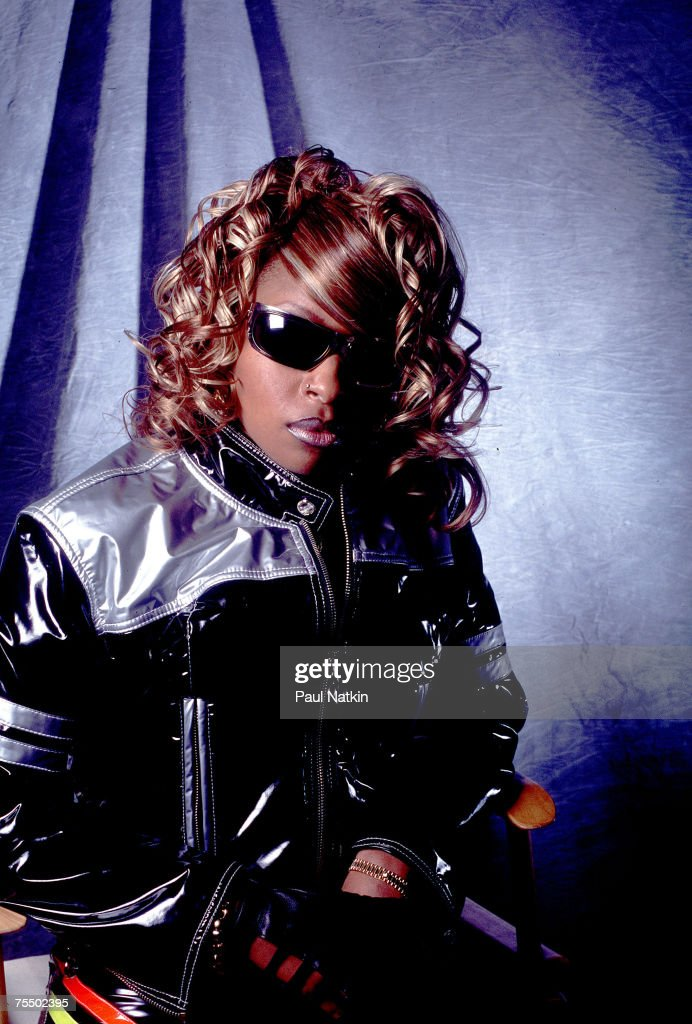 Mary J. Blige on 10/13/95 in Chicago, Il. in Various Locations,