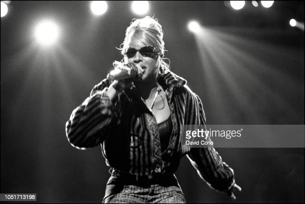 Mary J Blige performing at Urban Aid charity show at Madison Square Garden New York on 5 October 1995