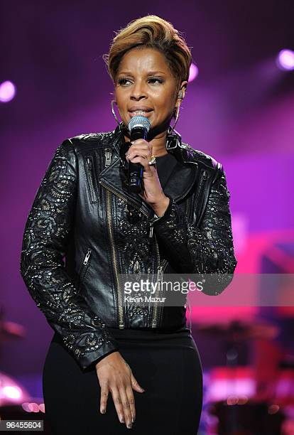 Mary J Blige performs at the BETSOS Saving Ourselves � Help for Haiti Benefit Concert at AmericanAirlines Arena on February 5 2010 in Miami Florida