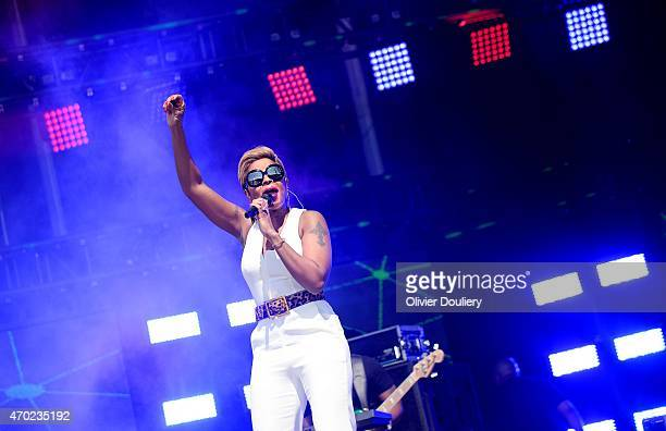 Mary J Blige performs during Global Citizen 2015 Earth Day on the National Mall on April 18 2015 in Washington DC
