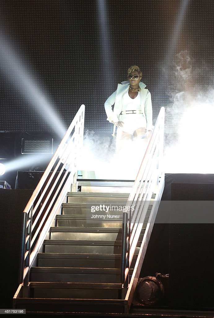 Mary J Blige performs during the 2014 Essence Music Festival on July 5, 2014 in New Orleans, Louisiana.