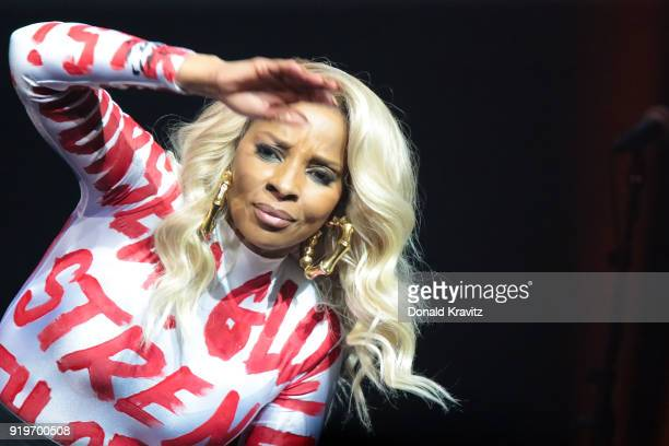 Mary J Blige performs in concert at Borgata Hotel Casino Spa on February 17 2018 in Atlantic City New Jersey