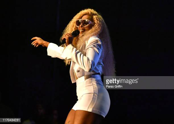 Mary J. Blige performs in concert during 'The Royalty Tour' at Cellairis Amphitheatre at Lakewood on August 26, 2019 in Atlanta, Georgia.