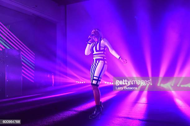 Mary J Blige performs onstage at the Jimmy Choo 20th Anniversary Event during New York Fashion Week on September 8 2016 in New York City
