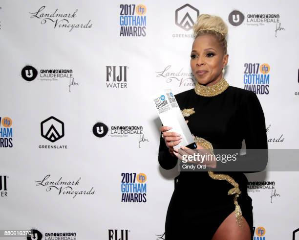 Mary J Blige poses with her award backstage during IFP's 27th Annual Gotham Independent Film Awards on November 27 2017 in New York City