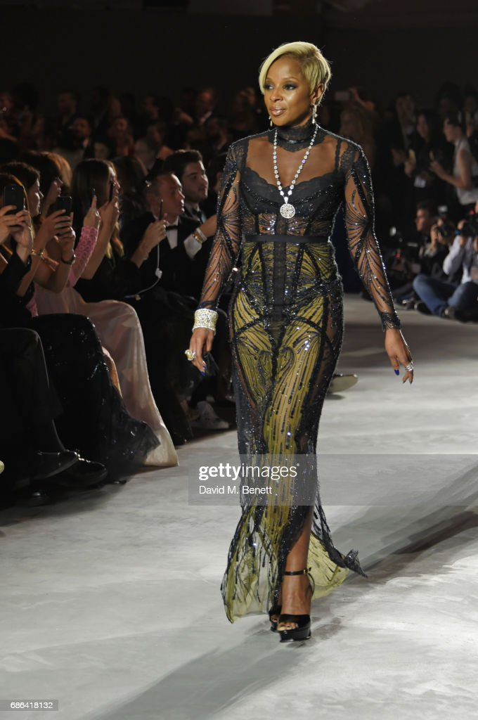 Mary J Blige walks the runway at the Fashion for Relief event during the 70th annual Cannes Film Festival at Aeroport Cannes Mandelieu on May 21, 2017 in Cannes, France.