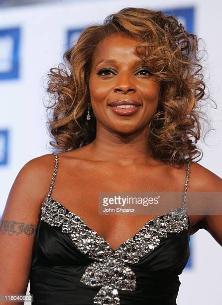 Mary JBlige during 6th Annual GM Ten Red Carpet at Paramount Studios in Los Angeles California United States