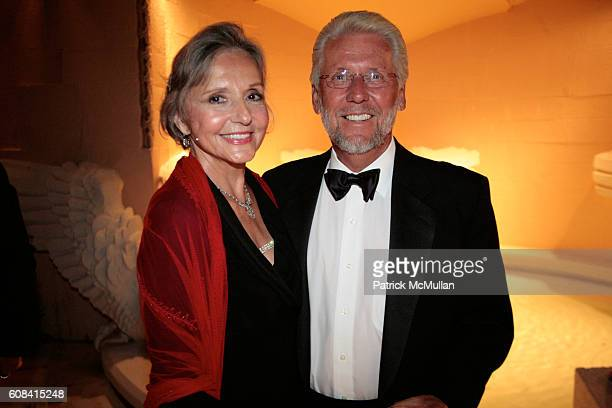 Mary Jean Teachman and Gerry Teachman attend The Fourth Annual National Alliance for Research on Schizophrenia and Depression Palm Beach Dinner at...