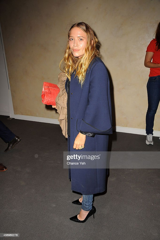 Mary Kate Olsen attends 2014 Take Home A Nude Event at Sotheby's on October 9, 2014 in New York City.