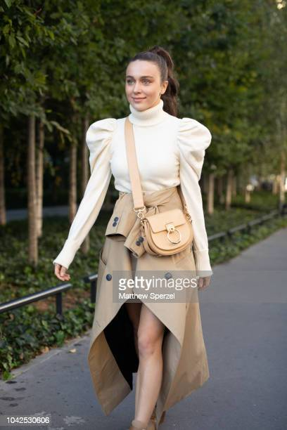 Mary Leest is seen on the street during Paris Fashion Week SS19 wearing Chloe on September 27 2018 in Paris France
