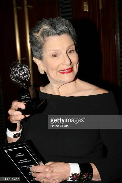 Mary Louise Wilson winner Best Featured Actress In A Musical award for Grey Gardens