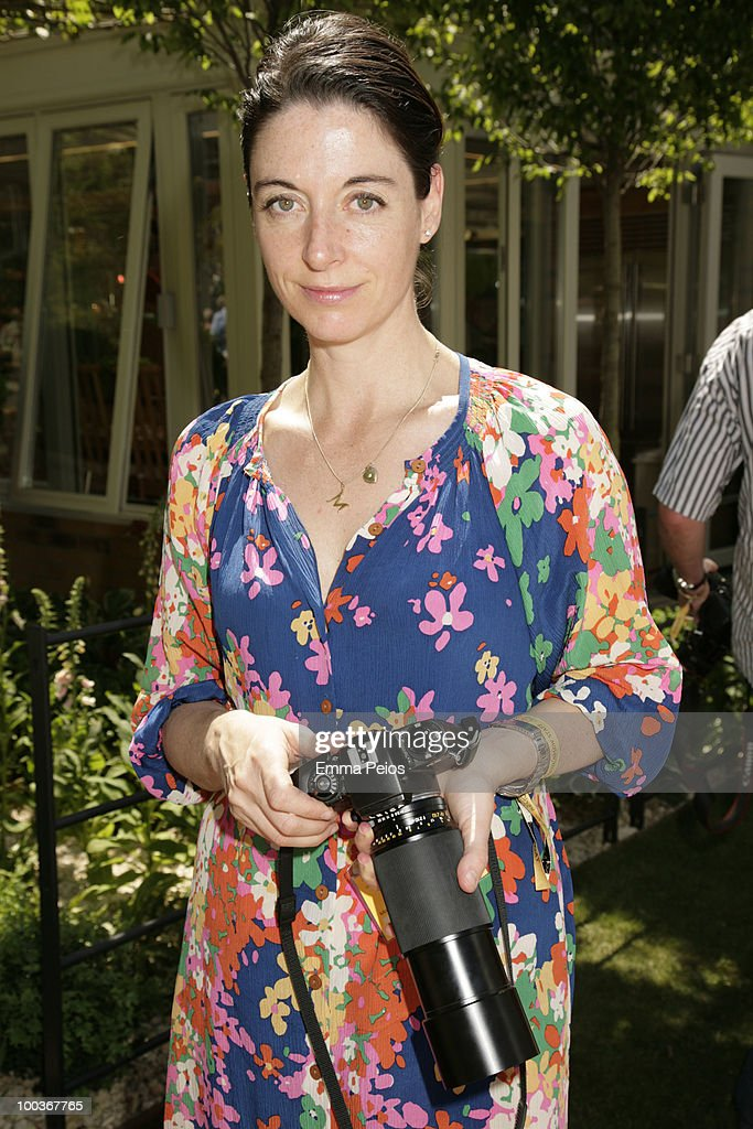 Mary McCartney attends the Press & VIP preview at The Chelsea Flower Show at Royal Hospital Chelsea on May 23, 2010 in London, England.