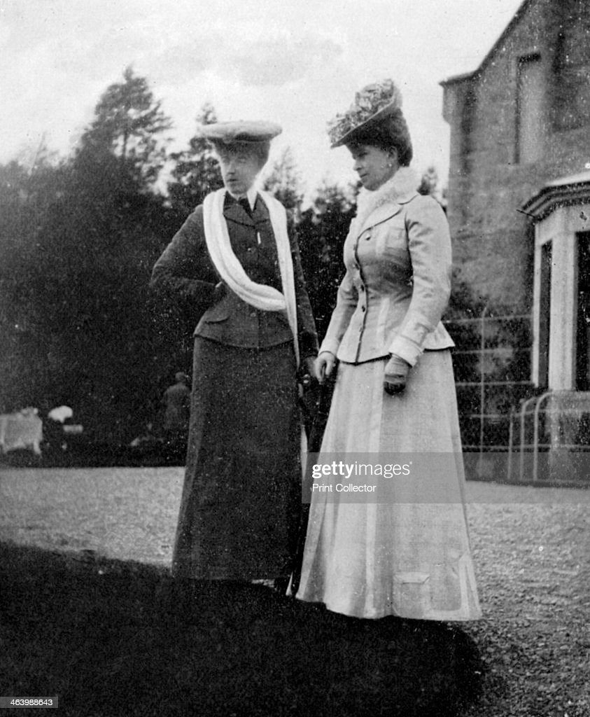 Mary of Teck (1867-1953), Princess of Wales, with the Duchesse d'Aosta, 1908.Artist: Queen Alexandra : News Photo