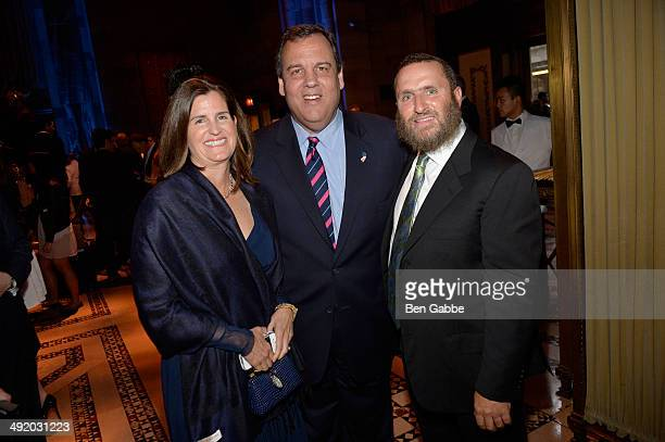 Mary Pat Foster Chris Christie and Rabbi Shmuley Boteach attend World Jewish Values Network second annual gala dinner on May 18 2014 in New York City