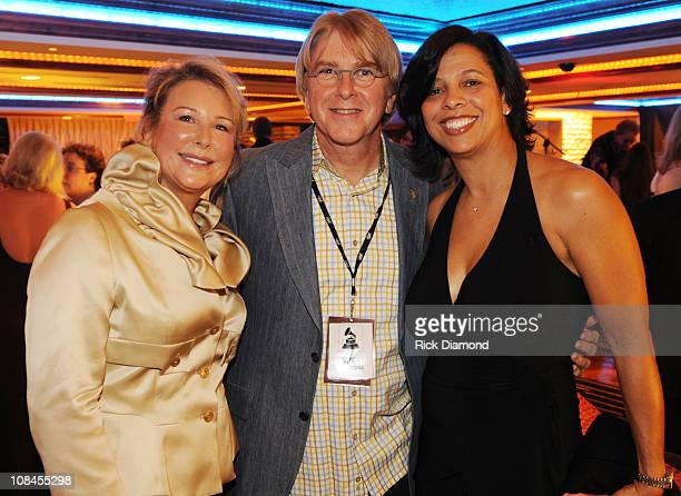 Mary Peavey Peavey Electronics Jon Hornyak Senior Executive Director Memphis Chapter The Recording Academy and Angelia BibbsSanders VP Members...