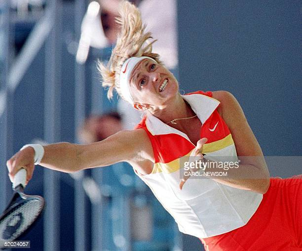 Mary Pierce of France serves to Gigi Fernandez of the US 26 August at the US Open in Flushing Meadows, NY. Pierce won the match in straight sets 6-1,...