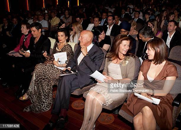 Mary Robinson Alejandro Sanz Bianca Jagger Norman Foster Elena Ochoa and Aitana Sanchez Gijon attend 'Save The Children' Awards 2011 at Albeniz...