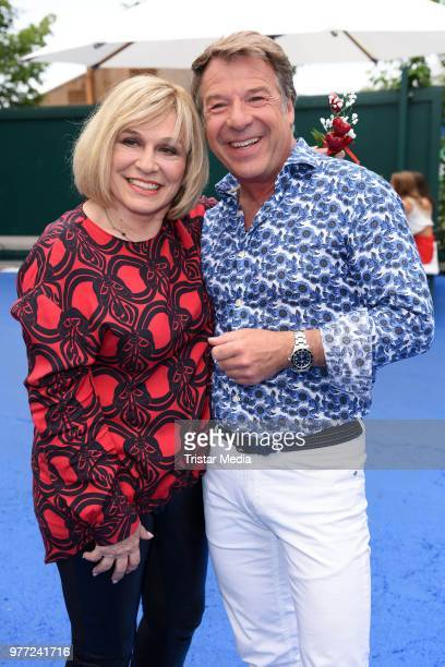 Mary Roos and Patrick Lindner during the ARD live tv show 'Immer wieder sonntags' at EuropaPark on June 17 2018 in Rust Germany