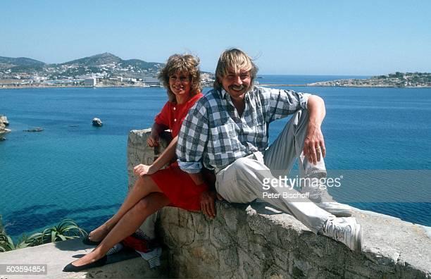 Mary Roos Ehemann Werner Böhm Urlaub im Ferienhaus am auf Insel Ibiza Spanien