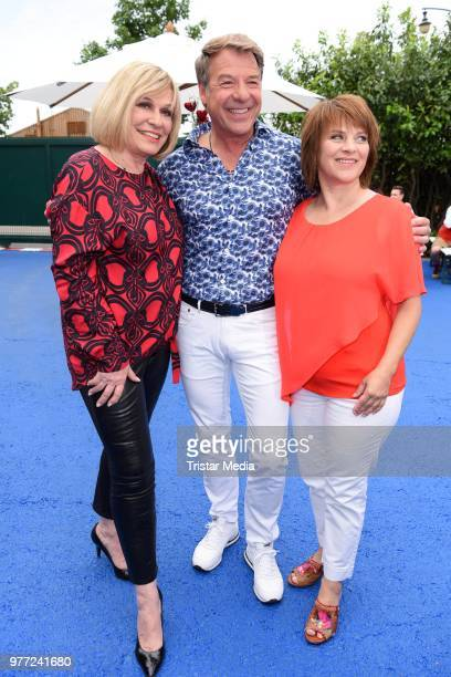 Mary Roos Patrick Lindner and Nicki during the ARD live tv show 'Immer wieder sonntags' at EuropaPark on June 17 2018 in Rust Germany