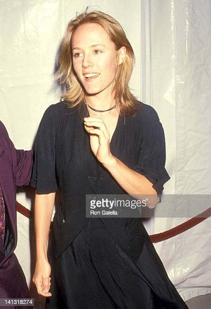 Mary Stuart Masterson at the Premiere of 'Rising Sun' Academy Theatre Beverly Hills