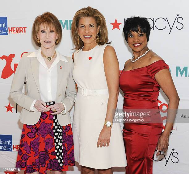 Mary Tyler Moore Hoda Kotb and Marva Hicks attend the American Heart Association's New York City Go Red for Women luncheon at the Grand Hyatt on...