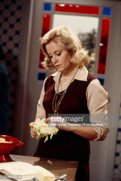 Mary Ure appearing in the ABC tv series 'The Wide World of Mystery', episode 'The Break'.