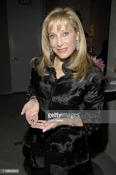"MaryAnn Weisberg-Perry at the preview of Van Cleef & Arpels new jewelry collection ""Boutonniere""benefiting the Saul and Joyce Brandman Breast Center..."