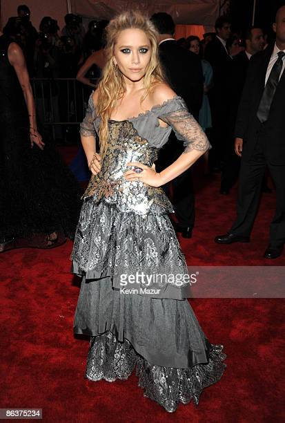 """Mary-Kate Olsen attends """"The Model as Muse: Embodying Fashion"""" Costume Institute Gala at The Metropolitan Museum of Art on May 4, 2009 in New York..."""