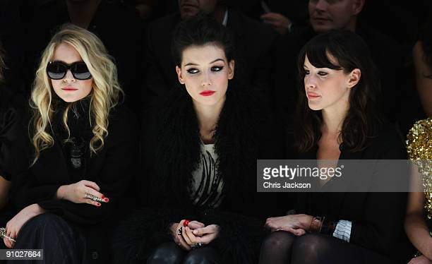 MaryKate Olsen Daisy Lowe and Liv Tyler watches the Burberry Prorsum Spring/Summer 2010 Show at Rootstein Hopkins Parade Ground during London Fashion...