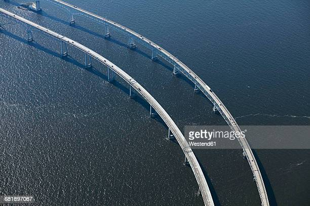 usa, maryland, aerial photograph of the chesapeake bay bridge in the early morning - chesapeake bay bridge stock pictures, royalty-free photos & images