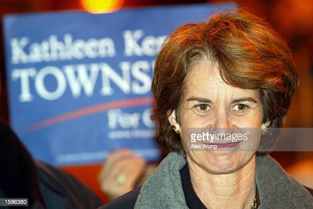 Maryland Democratic gubernatorial candidate Lt. Gov. Kathleen Kennedy Townsend campaigns at a distribution center of Giant Food Supermarket November...