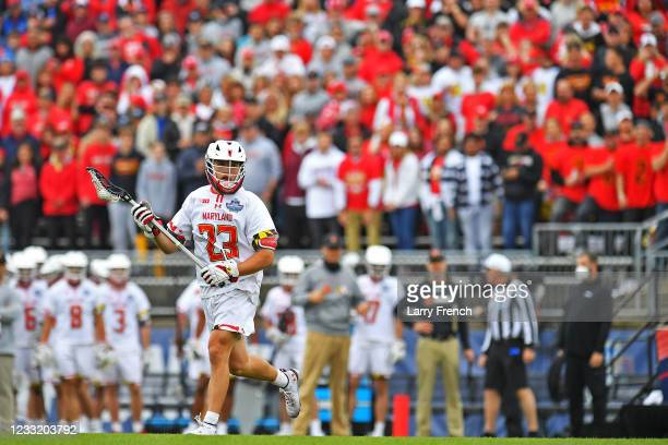 Maryland Terrapins mid Kyle Long brings the ball up against the Virginia Cavaliers during the Division I Men's Lacrosse Championship held at Pratt...