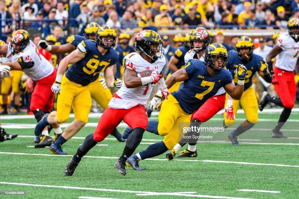 COLLEGE FOOTBALL: OCT 06 Maryland at Michigan : News Photo