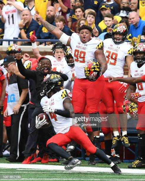 Maryland's Darnell Savage Jr gets ready to head upfield after picking off a pass from Michigan quarterback Shea Patterson during the Wolverines' 4221...