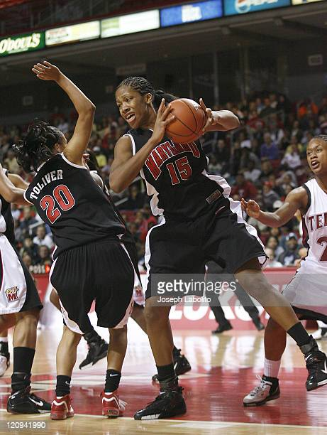Maryland's Laura Harper lead the Terrapins with 17 points as the ranked Maryland Terrapins defeated the Temple Owls 77 to 66 at the Liacouras Center...