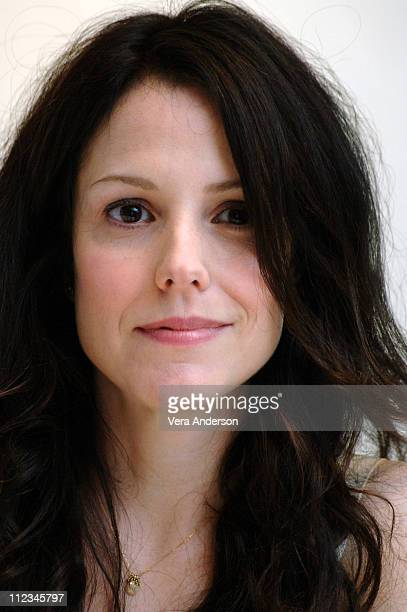 MaryLouise Parker during Weeds Press Conference with MaryLouise Parker at Four Seasons Hotel in Beverly Hills California United States