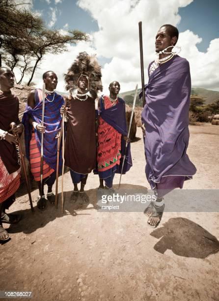 Tribu Masaï danse du guerrier