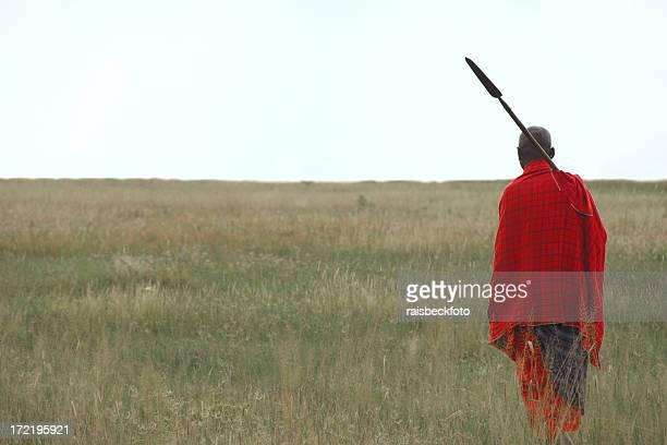 Masai Warrior cerca del lago Manyara, Tanzania