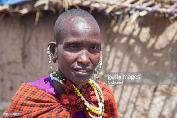 masai woman in her  traditional clothes - fotofojanini foto e immagini stock