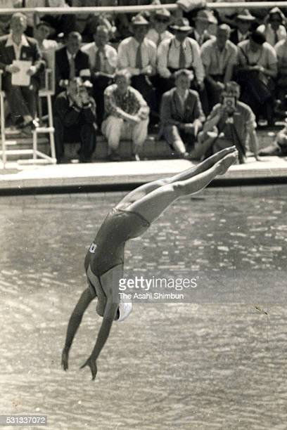Masami Miyamoto of Japan competes in the Diving Woman's Platform during the Helsinki Summer Olympic Games at the Swimming Stadium on August 1 1952 in...