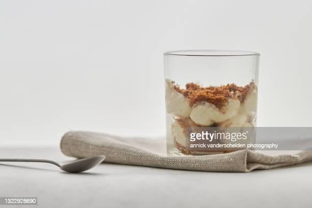 mascarpone with speculaas dessert - annick vanderschelden stock pictures, royalty-free photos & images